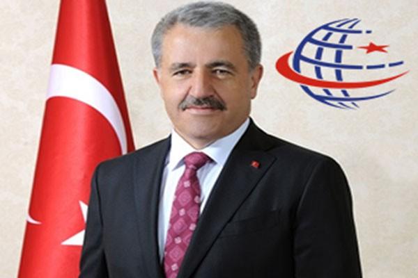 Ulaştırma Denizcilik ve Haberleşme Bakanı Ahmet Arslan'ın Yeni Yıl Mesajı