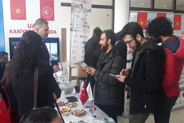 TCDD TAŞIMACILIK AŞ KARİYER FUARINA KATILIYOR